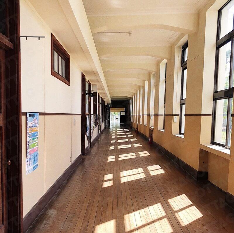旧豊郷小学校 廊下