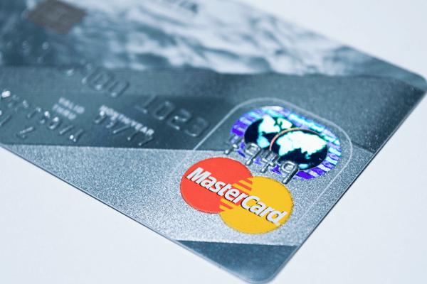 クレジットカードのポイント還元を活用する