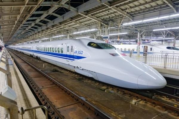 USJ新幹線・航空機付きプラン